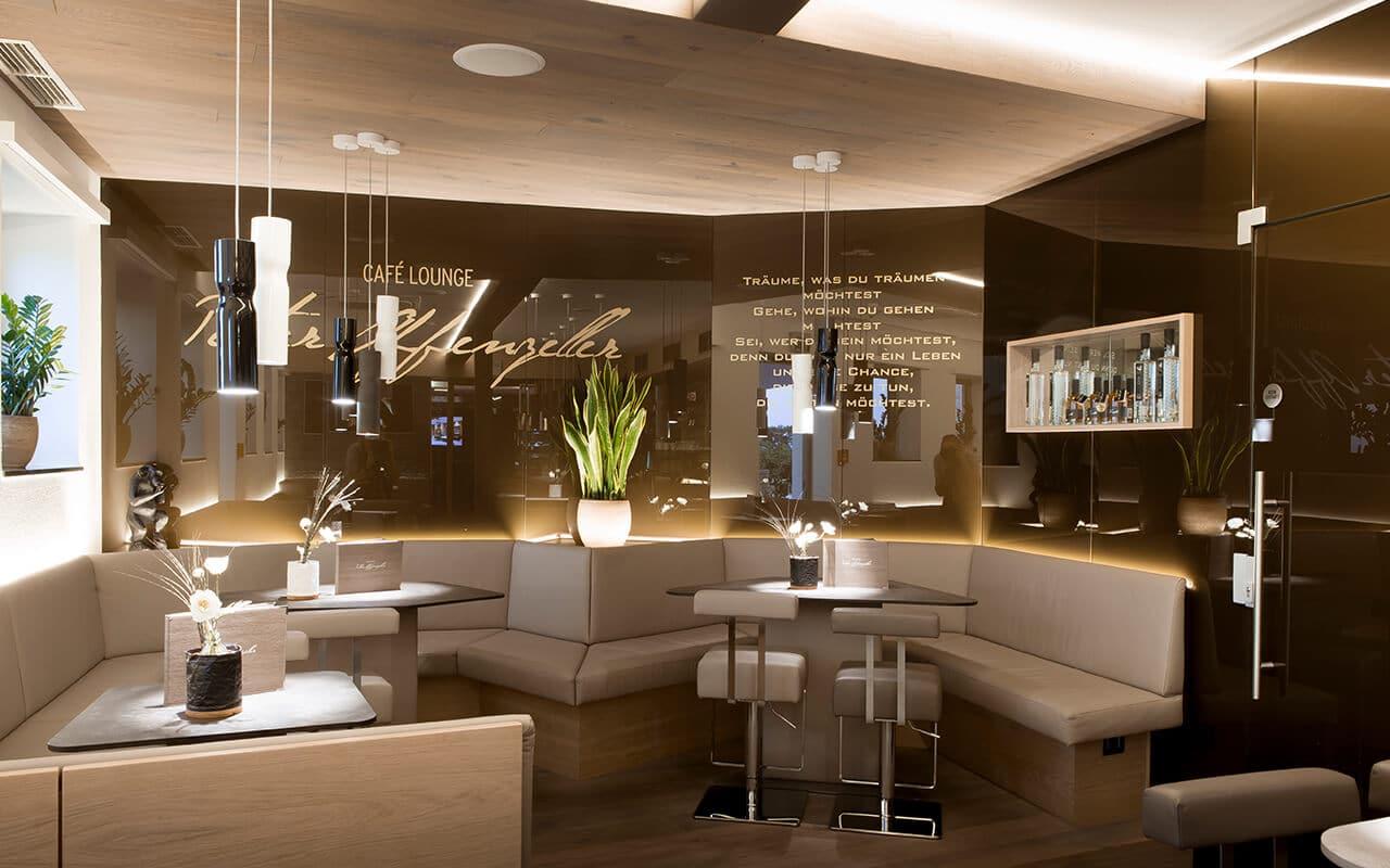 Cafe Lounge Peter Affenzeller