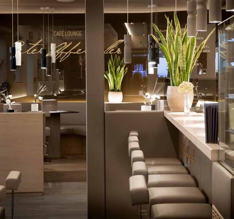 Cafe Lounge2